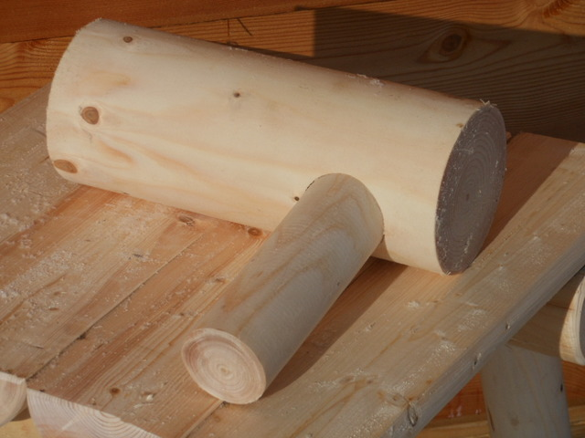 rundh lzer preise. Black Bedroom Furniture Sets. Home Design Ideas